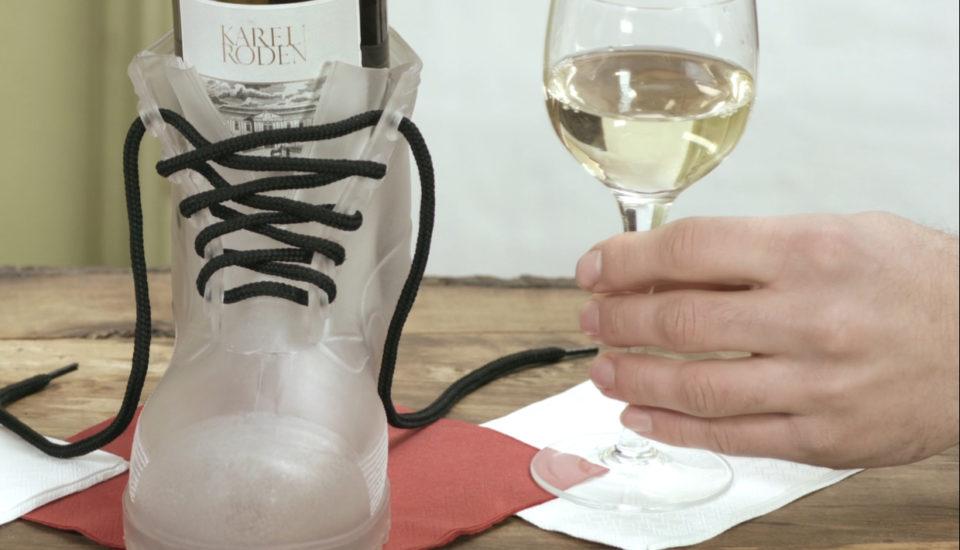Zlepšovák: Jak otevřít láhev vína bez vývrtky