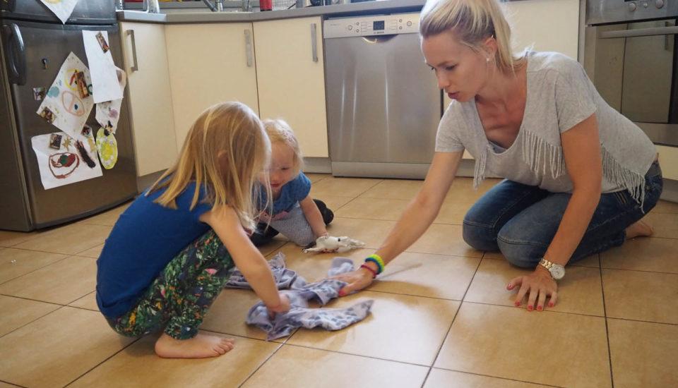 Jak přesvědčit děti, aby svámi uklízely