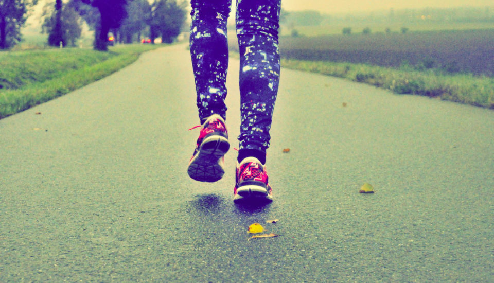 Je lepší běhat ráno nebo večer?