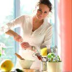 S Markétou Hrubešovou ojídle aopsaní kuchařek