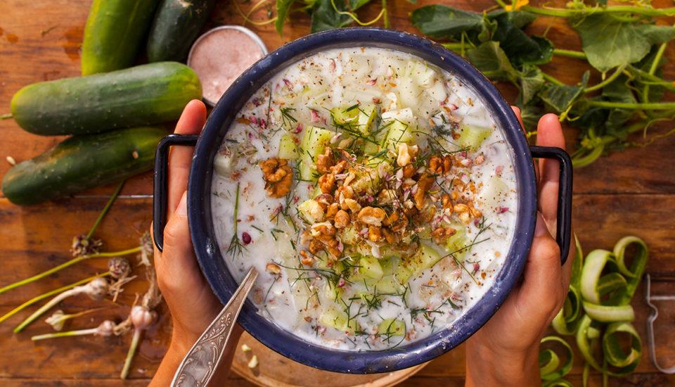 Studená polévka Tarator