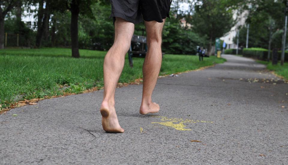 Staňte se bosým běžcem