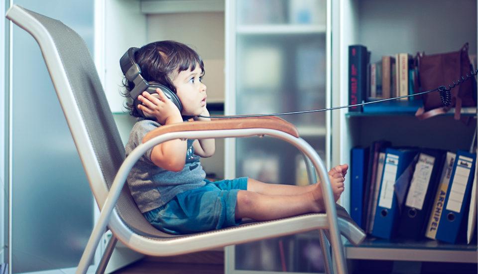 Co byste měli vědět okybernetické bezpečnosti dětí