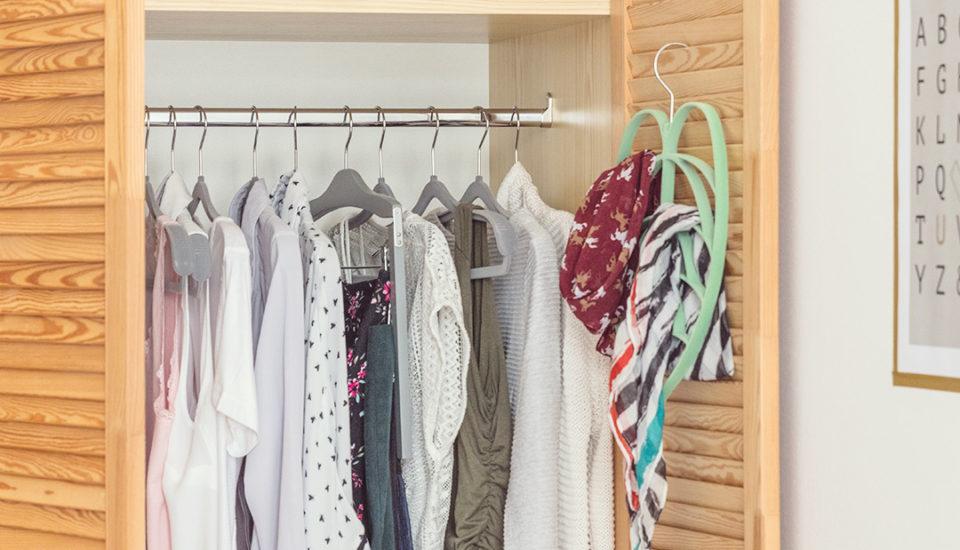 5 způsobů, jak se efektivně zbavit nenošeného oblečení