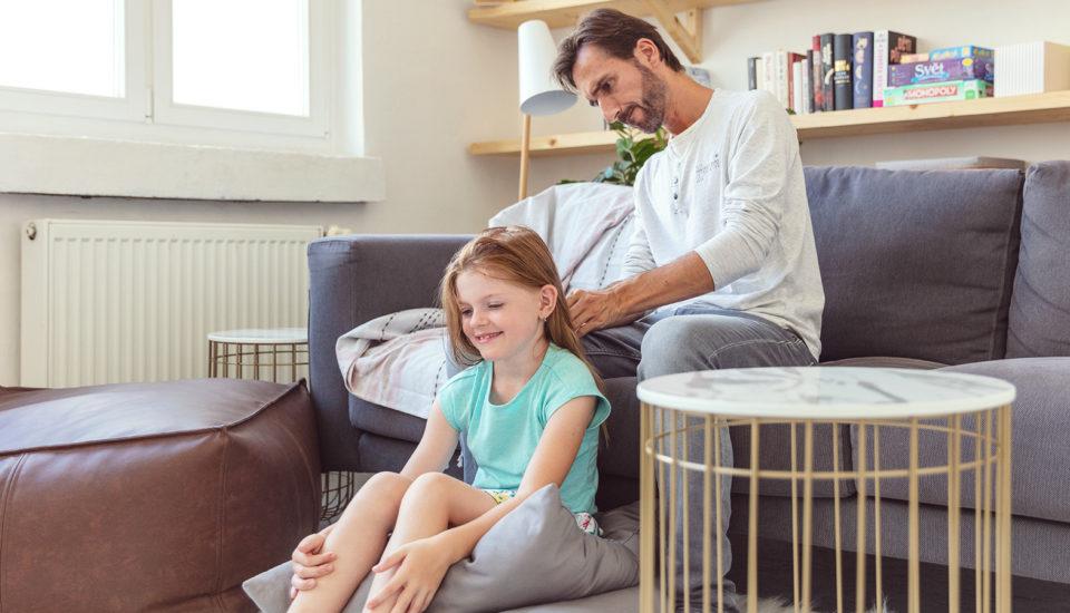 3 praktické návody, jak itatínkové můžou učesat holčičky bez tahání