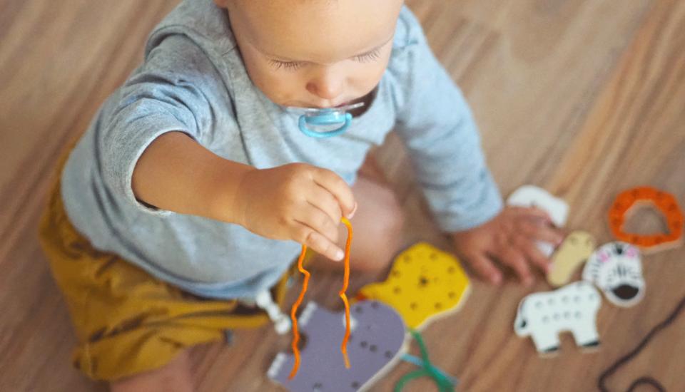 Rozvojové hračky vyrobíte iztoho, co máte doma