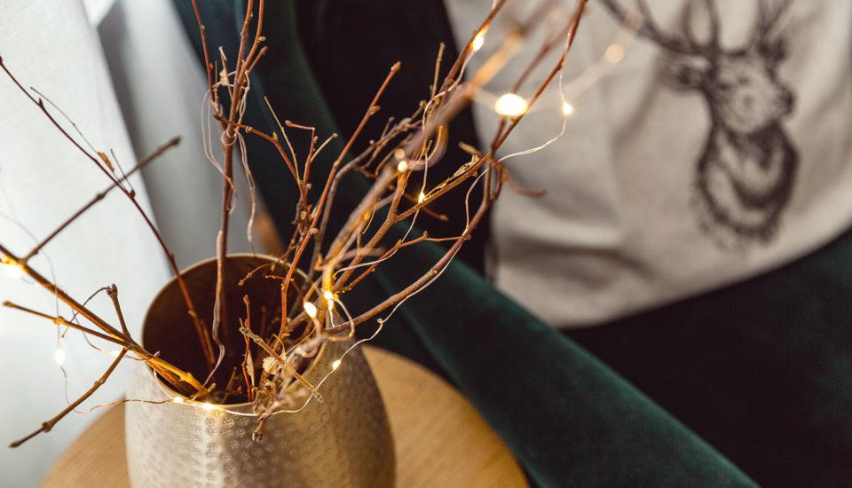 10 nápadů na dekorace ze světelných řetězů