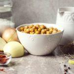 Jak vhlavním jídle nahradit maso luštěninami