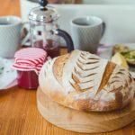 Chleba jako od pekaře si upečete od základů klidně isami. Stačí základní suroviny