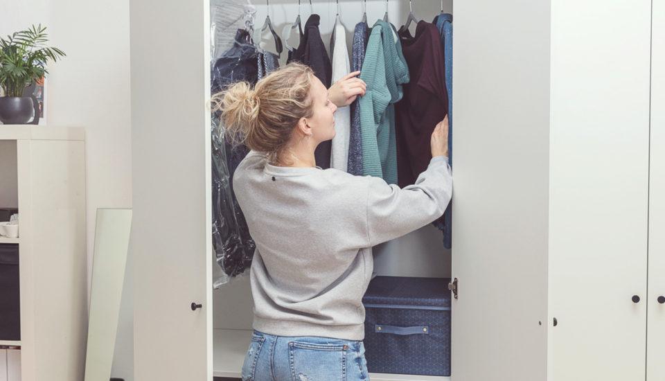 5 praktických tipů, na co nezapomenout, až vytáhnete jarní oblečení