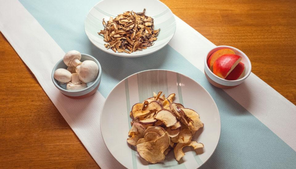 Ovoce ihouby můžete sušit ve velkém ibez sušičky