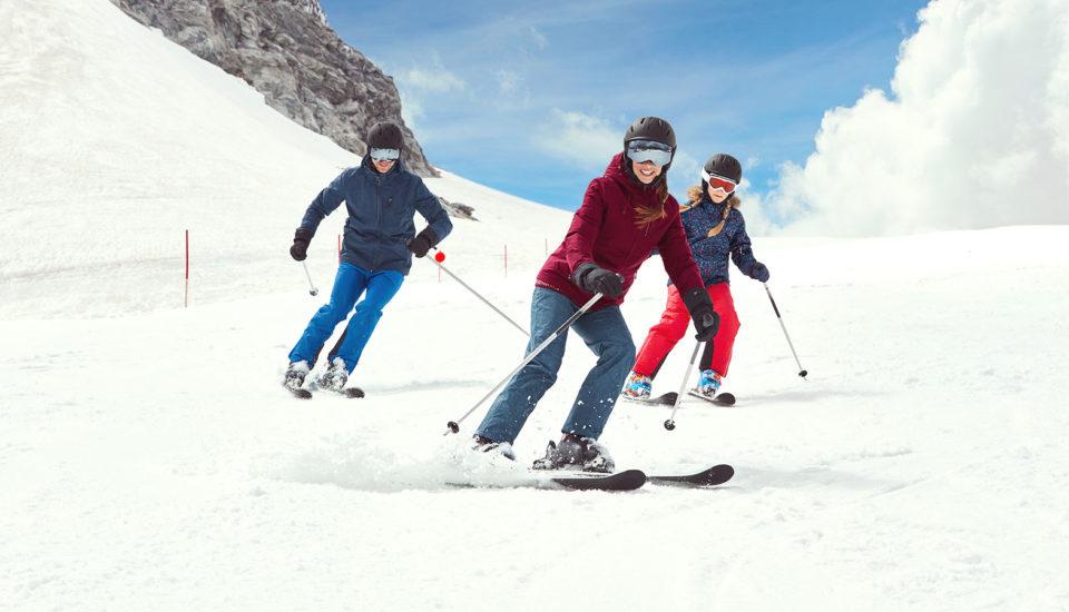 """Má smysl, abychom se """"na stará kolena"""" učili lyžovat?"""