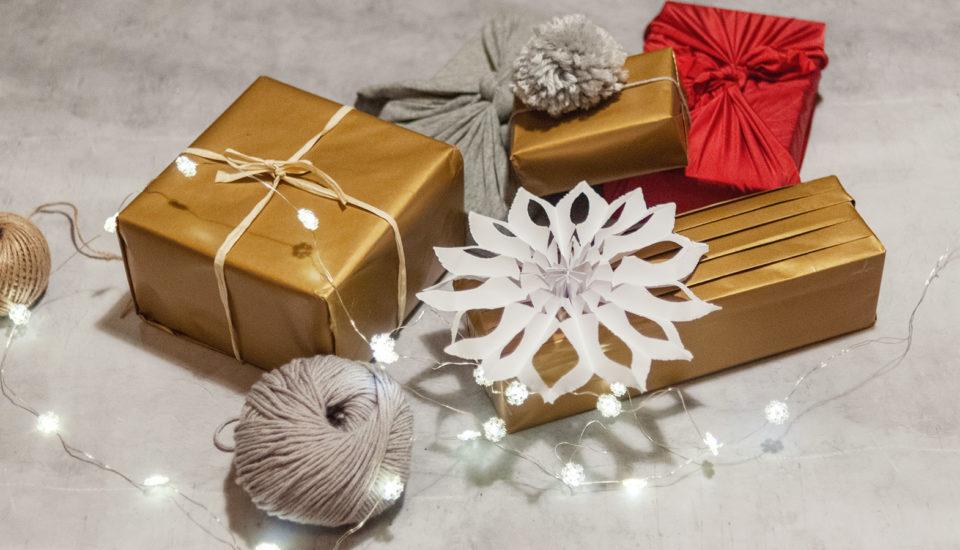 Fungují chytré návody na balení dárků?