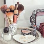 10 kosmetických triků, které se každé ženě vyplatí znát