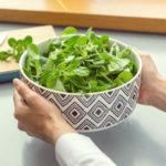 Polníček nepatří jen do salátu – využívám ho ivteplé kuchyni