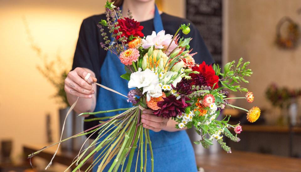 Co radím svým zákazníkům, aby jim vydržely květiny dlouho čerstvé?