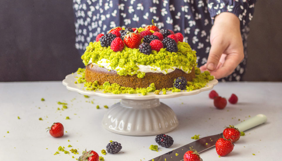 Neobvyklý dort? Unás frčí ten mechový se zeleným překvapením