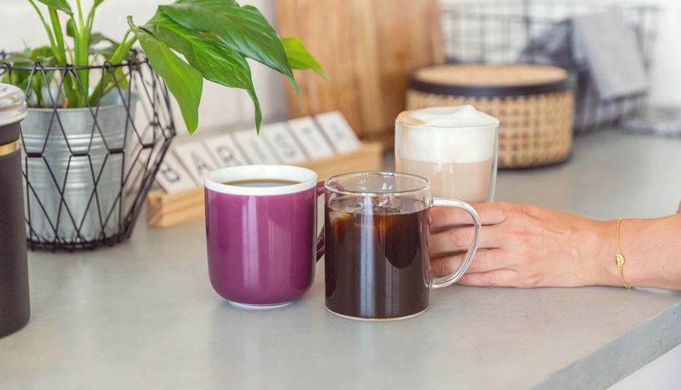 I doma si můžete připravit kávu jako zkavárny. Tři tipy, jak na to