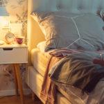 Proč doma lépe spíme? Začali jsme správně svítit azměnili pár návyků