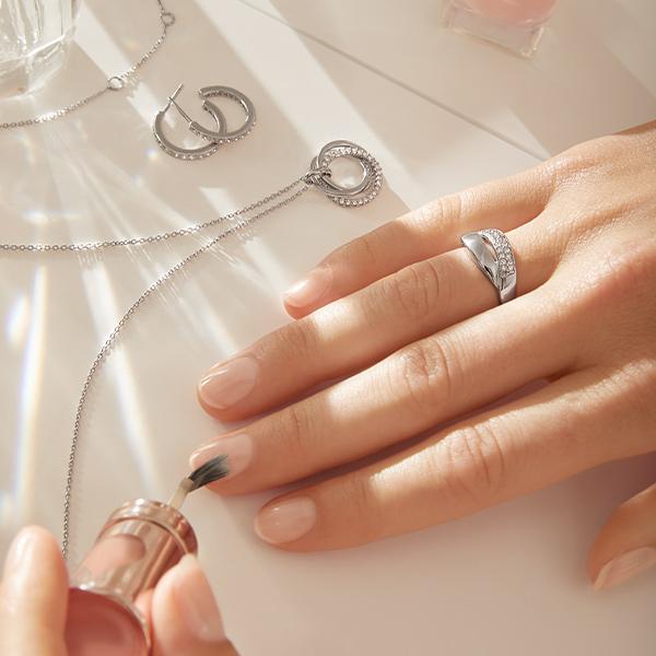 Třpytivé šperky pro radost