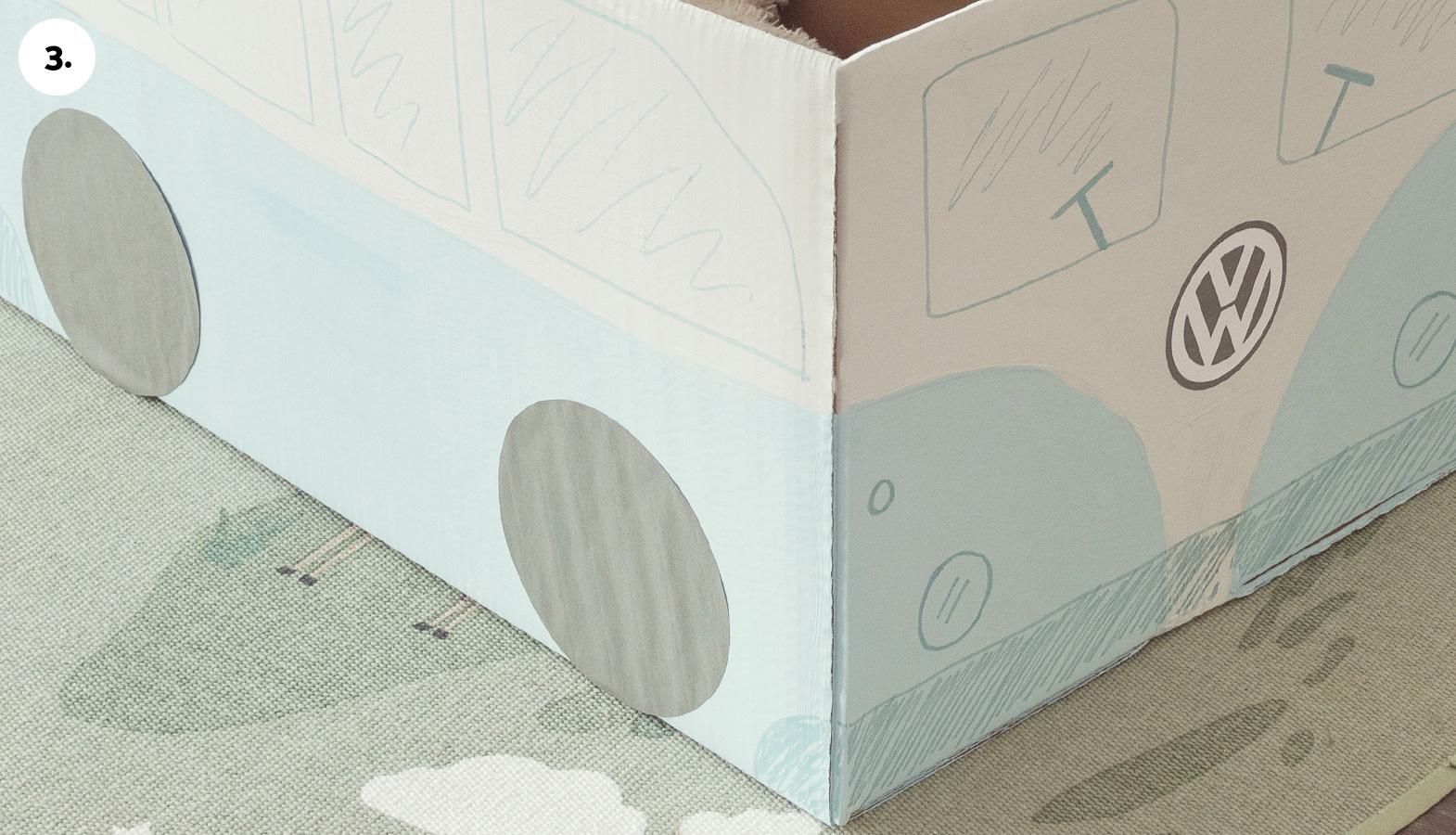 hračky z krabic