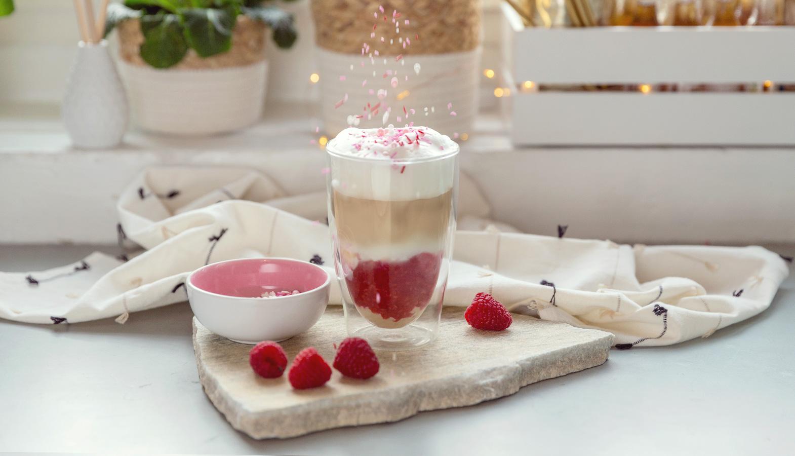 malinové latte