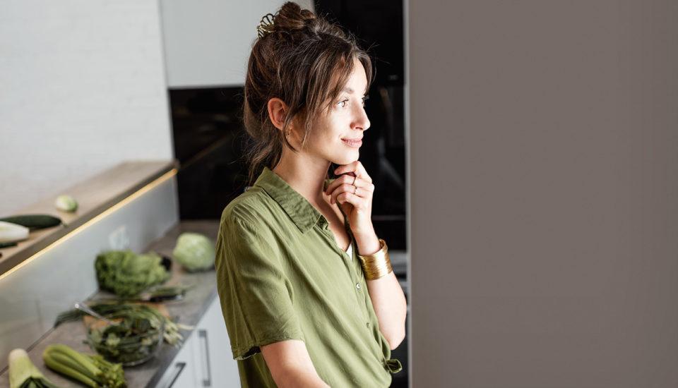 Lednice pod kontrolou. Jak přestat vyhazovat jídlo ipeníze?