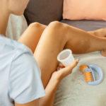 Masáž baňkami uvolňuje svaly iemoce. Naučte se techniku proti celulitidě