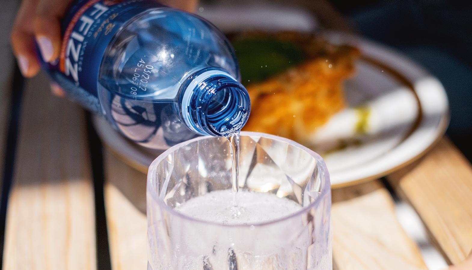 funkční voda s kofeinem coffizz