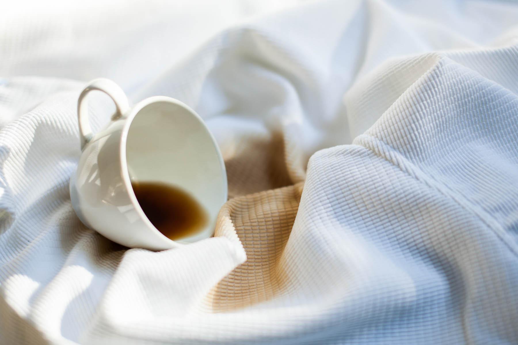 Jak odstranit skvrny od kávy?